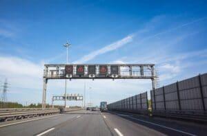 Traffic lanes detection